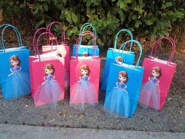 Sofia-the-First-Party-Theme-clubpartyideas-14